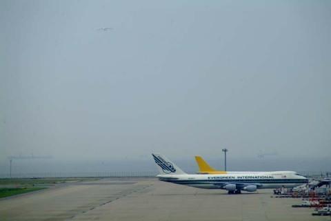 An-225進入1