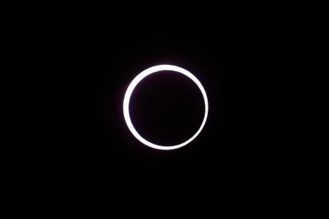 金環日食拡大撮影
